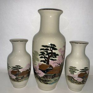 Japan Vases & Ginger Jar
